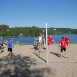 Volleyballfinalen gikk mellom De håplause og Nederlaget. Foto: Astri Kløvstad
