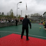 Dagen ble som vanlig avsluttet med fotballkamp mellem elever og foreldre (Foto: Hilde Sørli)